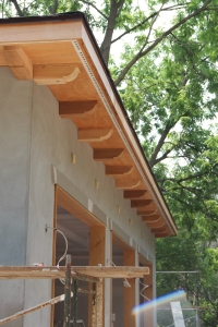 Another view of the garage detailing