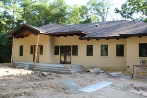 All the stucco is on!  Next up:  gutters, and the pergola and porch posts.