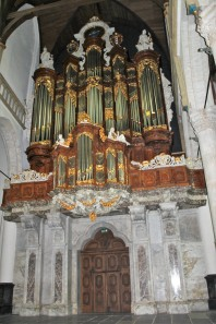 The organ is massive!