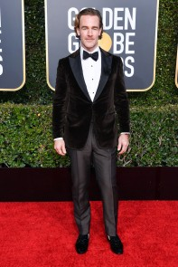 James Van Der Beek: the suit is great. the grooming? Not so much