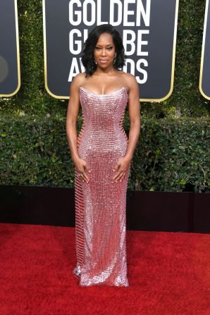 Regina King: on another woman this pink would've been too bland. But with her coloring it is lovely!